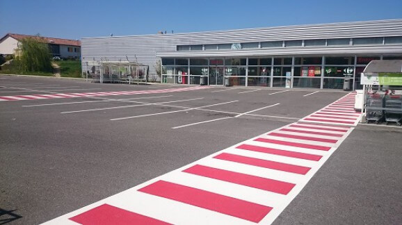 pieton-renovation-peinte-carrefour-marquage