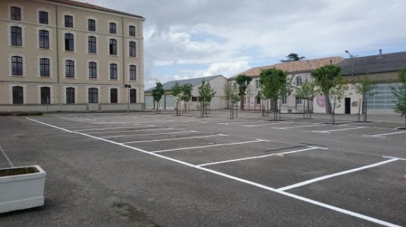 rpima-carcassonne-caserne-marquage-parking-tracés